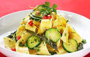 Pappardelle with zucchini, asparagus and peppers